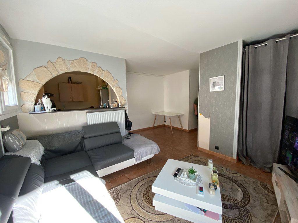 Appartement à vendre 3 53.7m2 à Cergy vignette-2