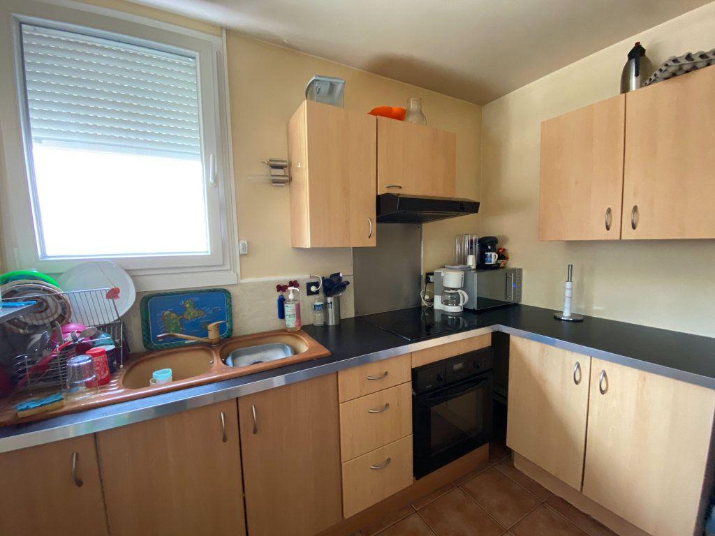 Appartement à vendre 3 53.7m2 à Cergy vignette-4