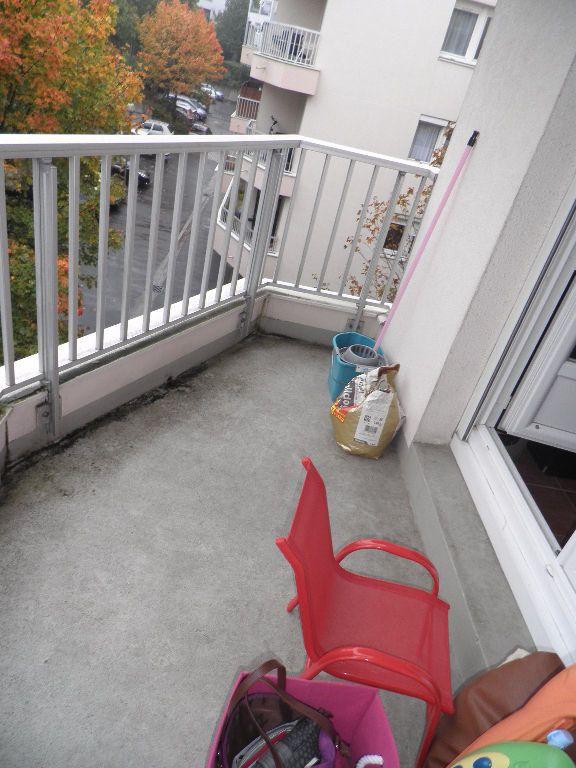 Appartement à vendre 3 53.7m2 à Cergy vignette-5