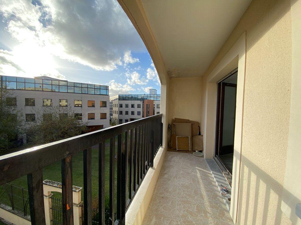 Appartement à vendre 3 65.1m2 à Cergy vignette-7