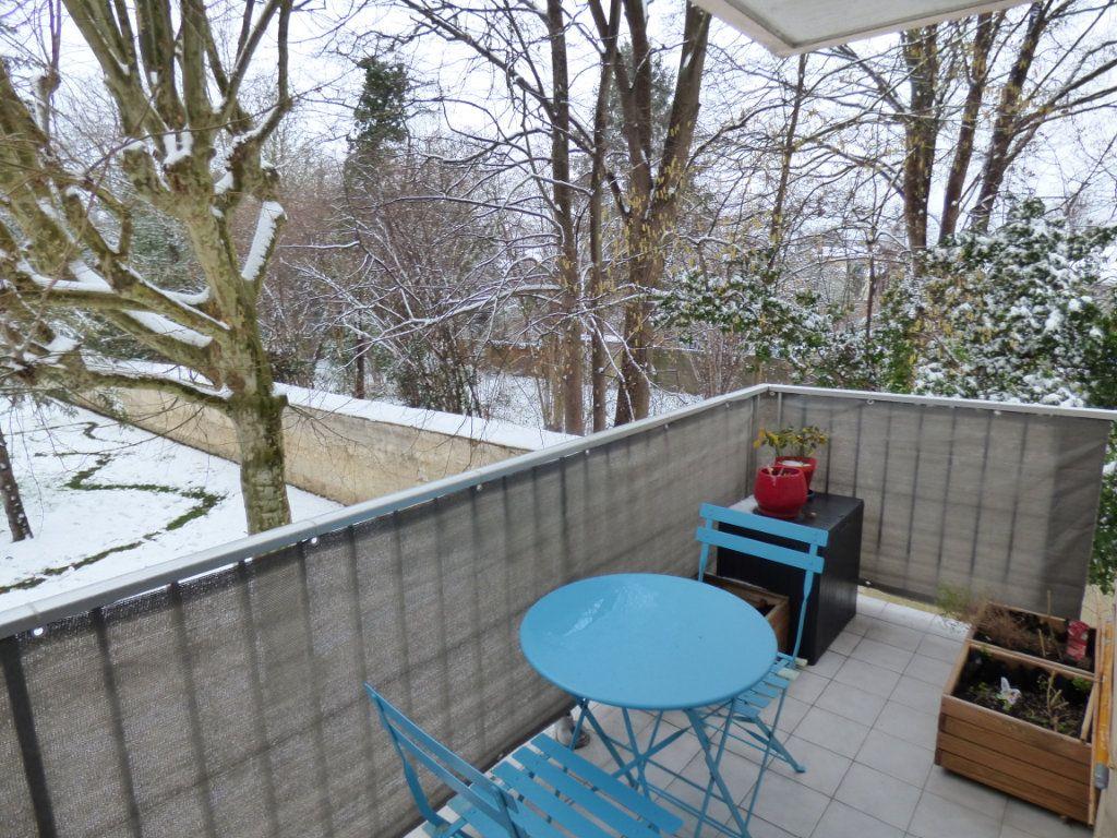 Appartement à vendre 4 83.66m2 à Maurecourt vignette-8