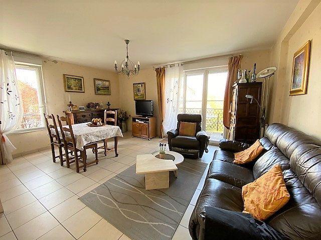Appartement à vendre 4 82m2 à Cergy vignette-1