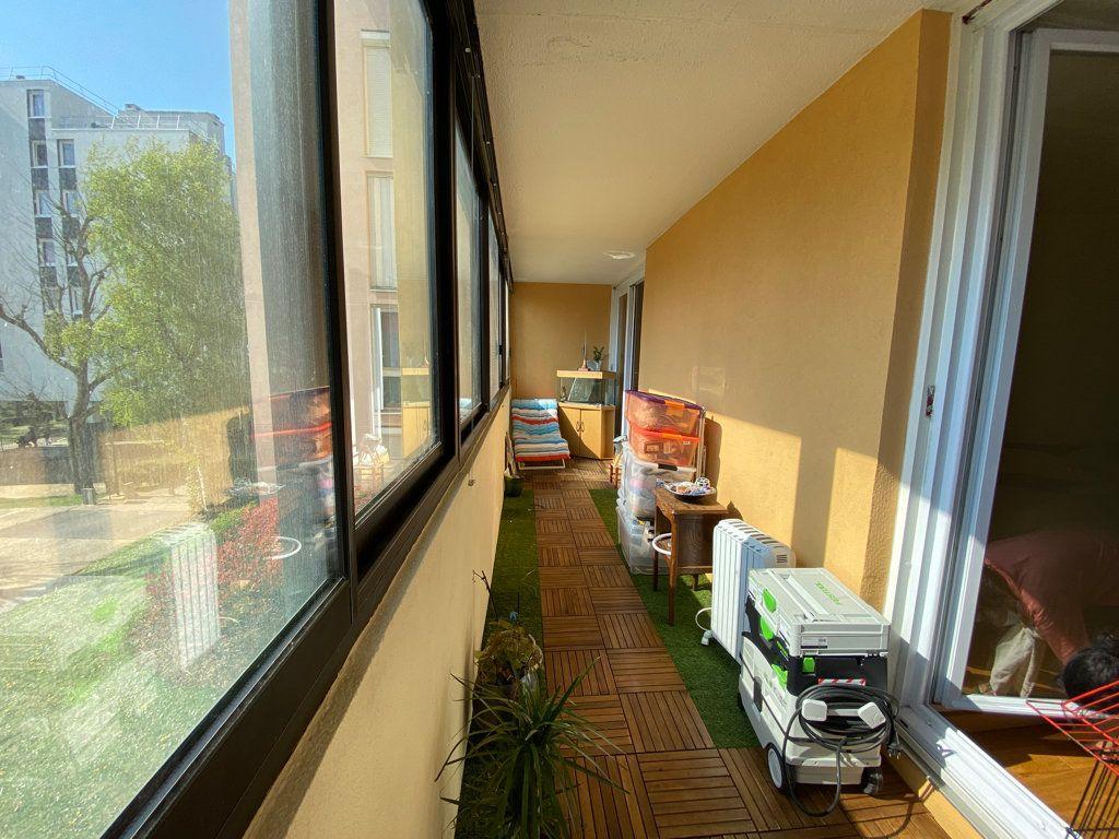 Appartement à vendre 3 64.1m2 à Cergy vignette-2