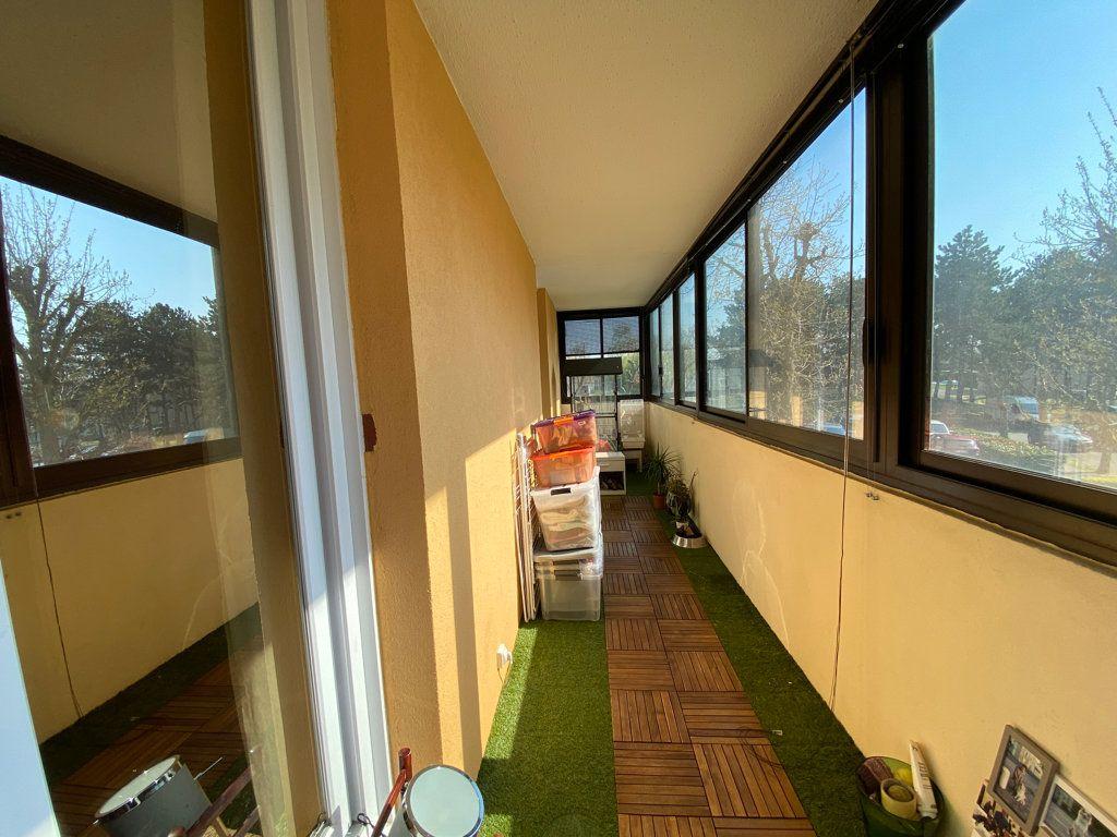 Appartement à vendre 3 64.1m2 à Cergy vignette-12
