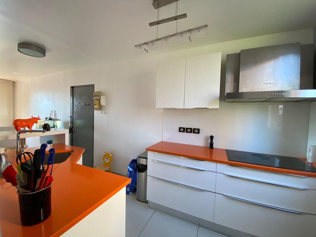 Appartement à vendre 3 64.1m2 à Cergy vignette-15