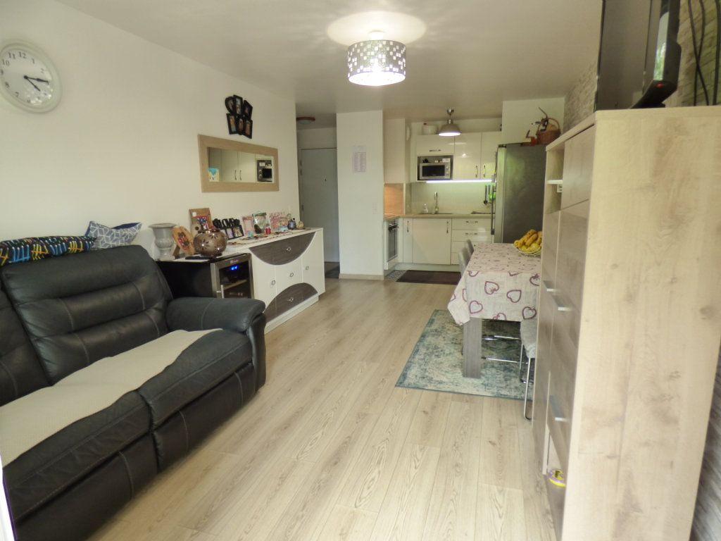 Appartement à vendre 3 58.68m2 à Vauréal vignette-3