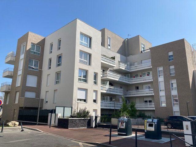 Appartement à vendre 3 57.7m2 à Cergy vignette-11