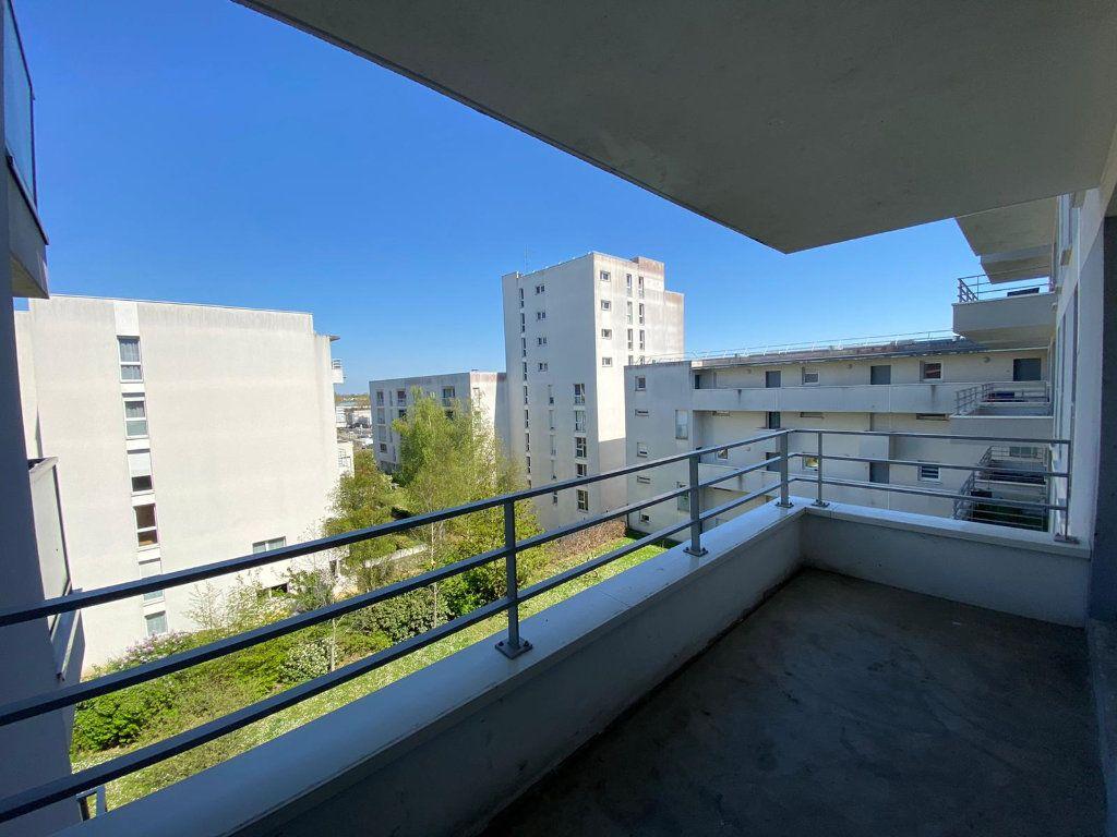 Appartement à vendre 4 61.62m2 à Cergy vignette-2