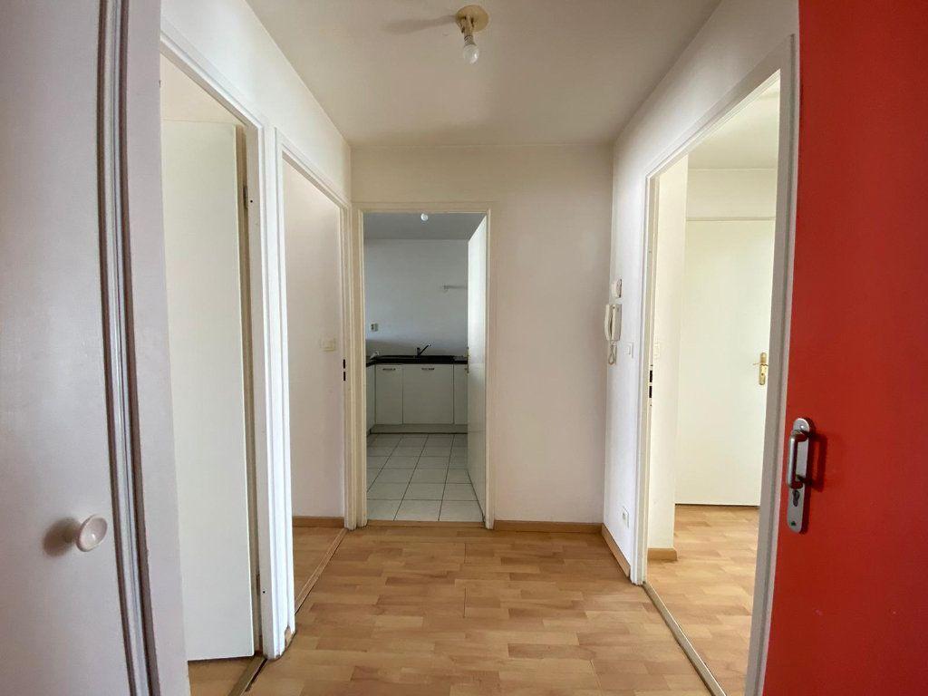 Appartement à vendre 4 61.62m2 à Cergy vignette-6