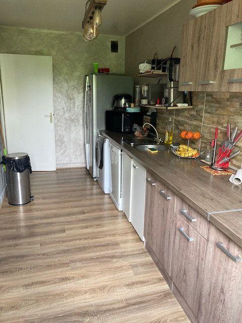 Appartement à vendre 4 76.7m2 à Cergy vignette-2