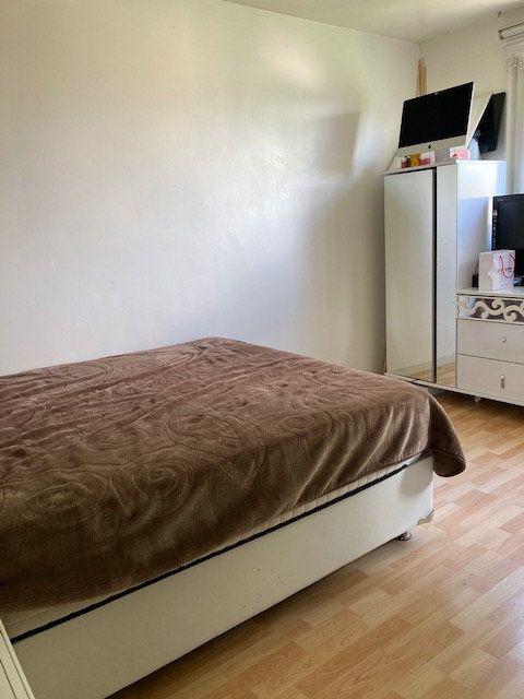 Appartement à vendre 4 76.7m2 à Cergy vignette-8