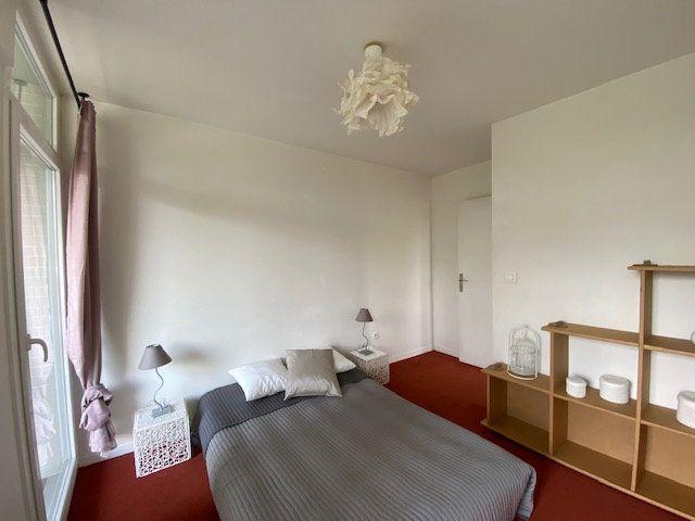 Appartement à vendre 4 71.88m2 à Cergy vignette-5