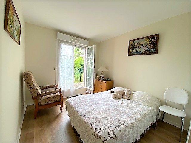 Appartement à vendre 3 63m2 à Cergy vignette-4