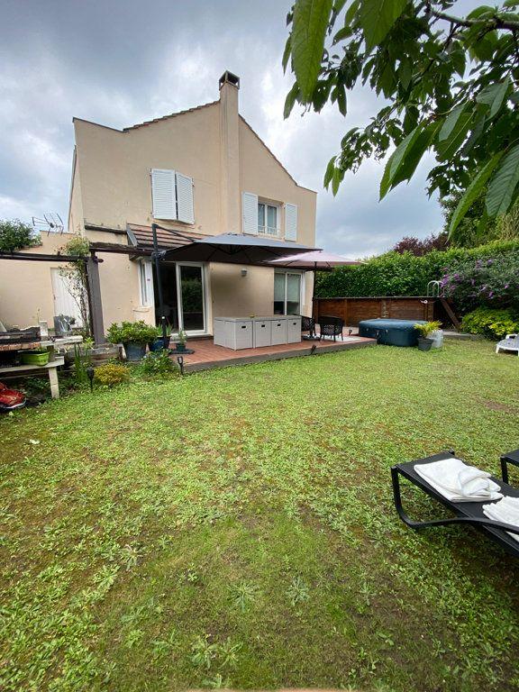 Maison à vendre 7 150m2 à Vauréal vignette-1