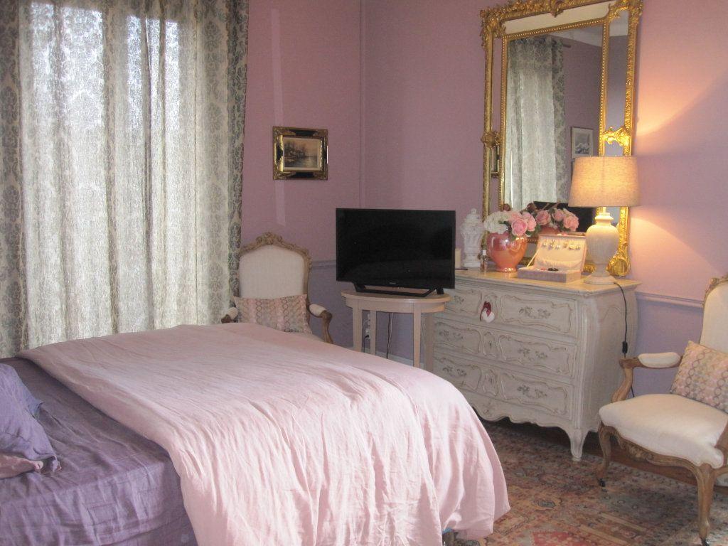 Maison à vendre 9 183m2 à Terrasson-Lavilledieu vignette-5