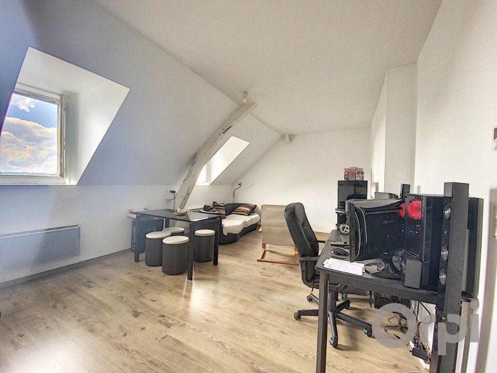 Appartement à louer 3 50m2 à Terrasson-Lavilledieu vignette-1