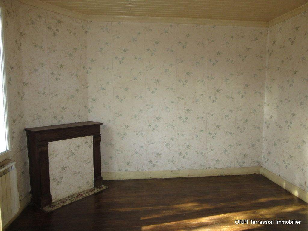 Maison à vendre 5 85m2 à Le Lardin-Saint-Lazare vignette-4