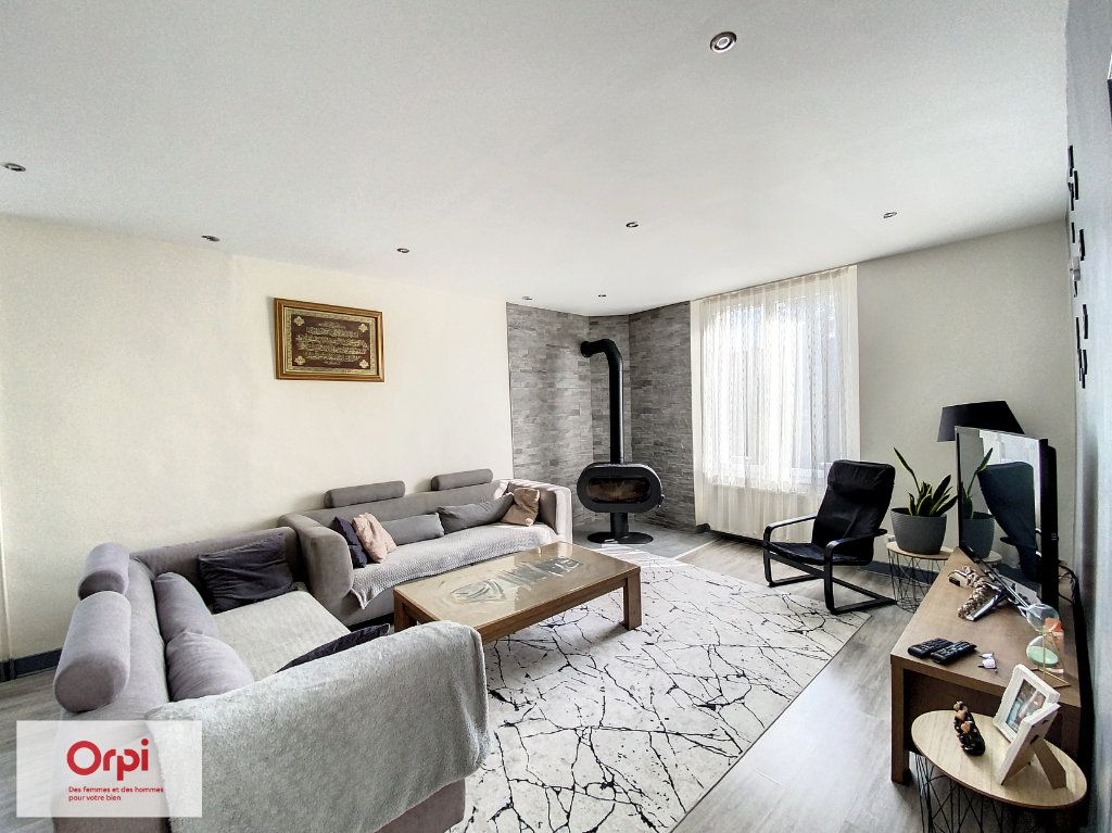 Maison à vendre 5 110m2 à Cublac vignette-3