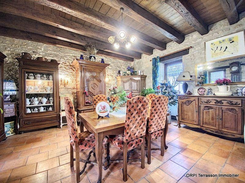 Maison à vendre 6 146m2 à Salignac-Eyvigues vignette-5