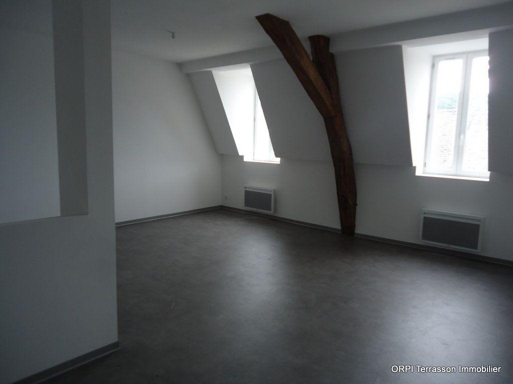 Immeuble à vendre 0 311m2 à Terrasson-Lavilledieu vignette-7