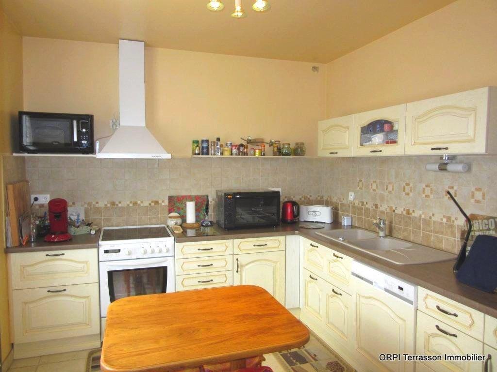 Maison à vendre 6 138m2 à Le Lardin-Saint-Lazare vignette-7