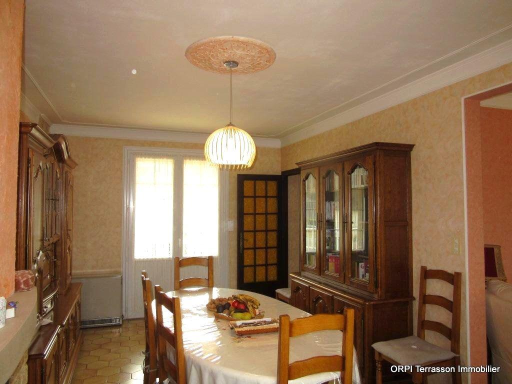 Maison à vendre 6 138m2 à Le Lardin-Saint-Lazare vignette-8
