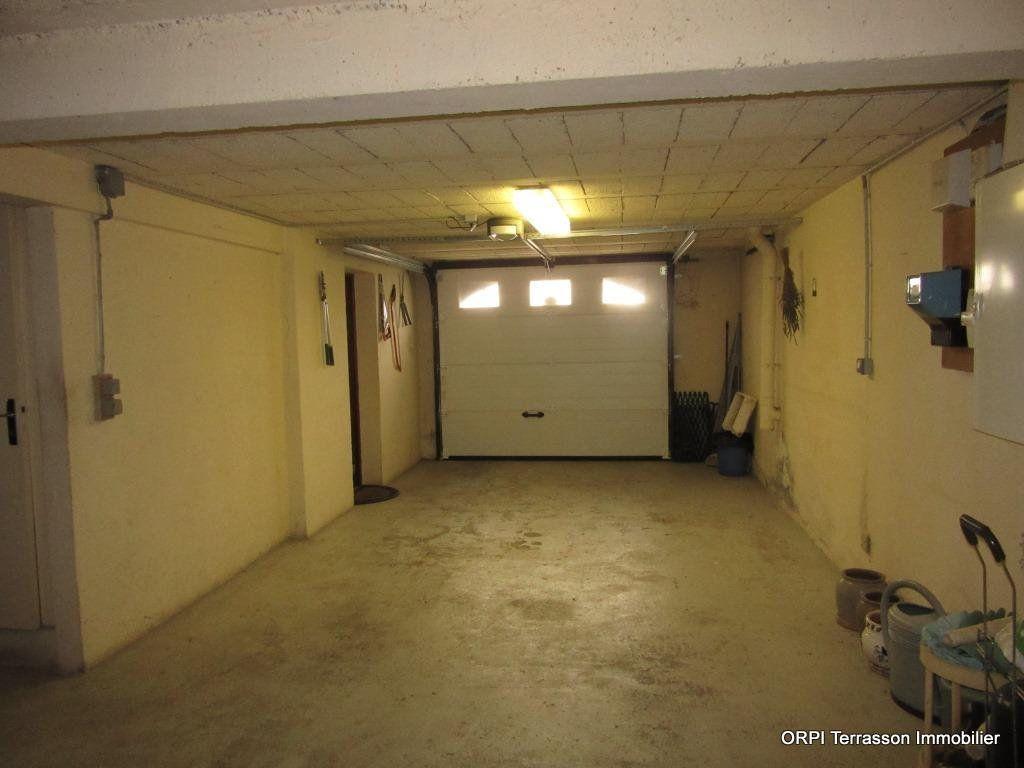 Maison à vendre 6 138m2 à Le Lardin-Saint-Lazare vignette-14