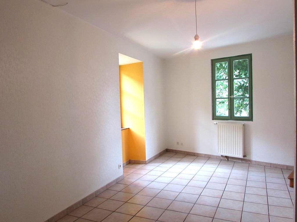 Maison à vendre 3 63m2 à Terrasson-Lavilledieu vignette-2