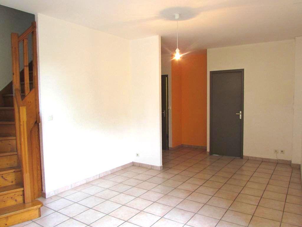 Maison à vendre 3 63m2 à Terrasson-Lavilledieu vignette-4