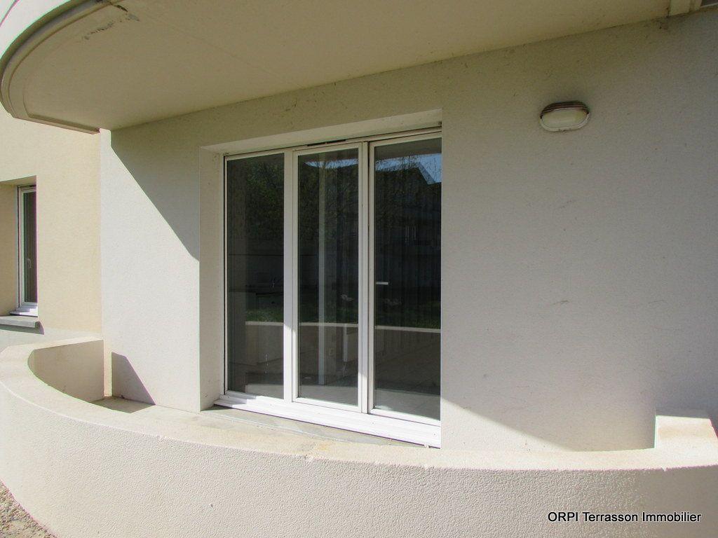 Appartement à vendre 2 51m2 à Terrasson-Lavilledieu vignette-2