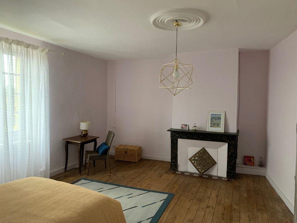 Maison à vendre 9 232m2 à Saint-Geniès vignette-6