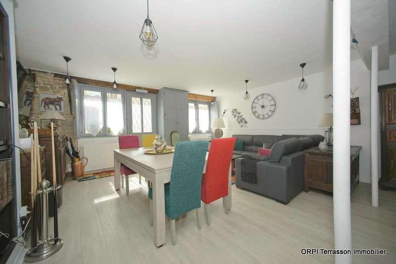 Maison à vendre 6 172m2 à Terrasson-Lavilledieu vignette-3