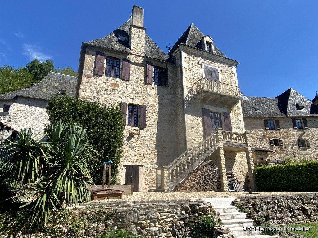 Maison à vendre 9 230m2 à Terrasson-Lavilledieu vignette-1