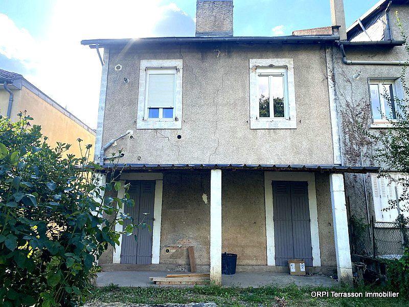 Maison à vendre 5 137m2 à Terrasson-Lavilledieu vignette-1