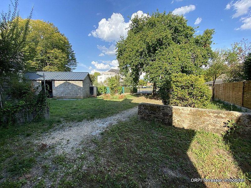 Maison à vendre 5 137m2 à Terrasson-Lavilledieu vignette-6