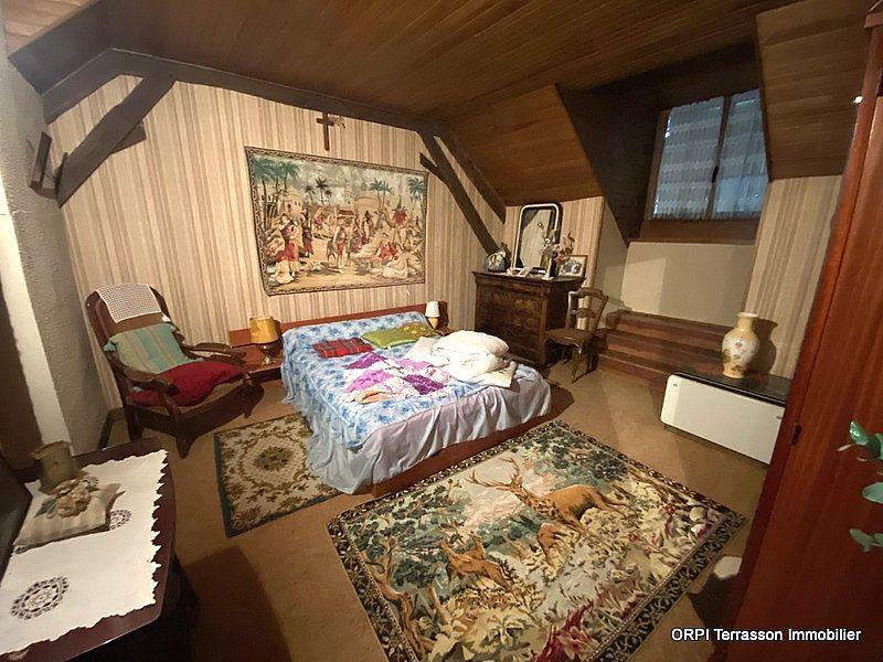 Maison à vendre 4 138m2 à Terrasson-Lavilledieu vignette-6