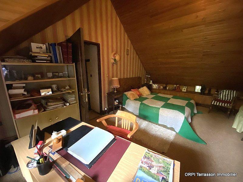 Maison à vendre 4 138m2 à Terrasson-Lavilledieu vignette-7
