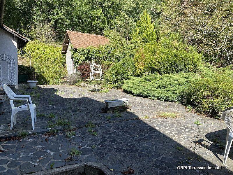 Maison à vendre 4 138m2 à Terrasson-Lavilledieu vignette-9