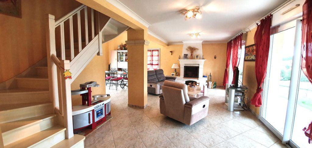 Maison à vendre 7 177m2 à Fossemagne vignette-9