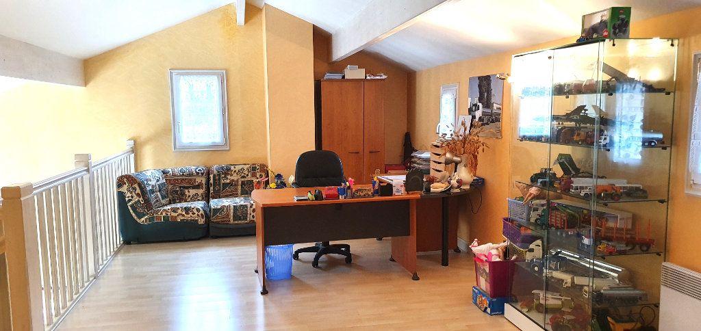 Maison à vendre 7 177m2 à Fossemagne vignette-16