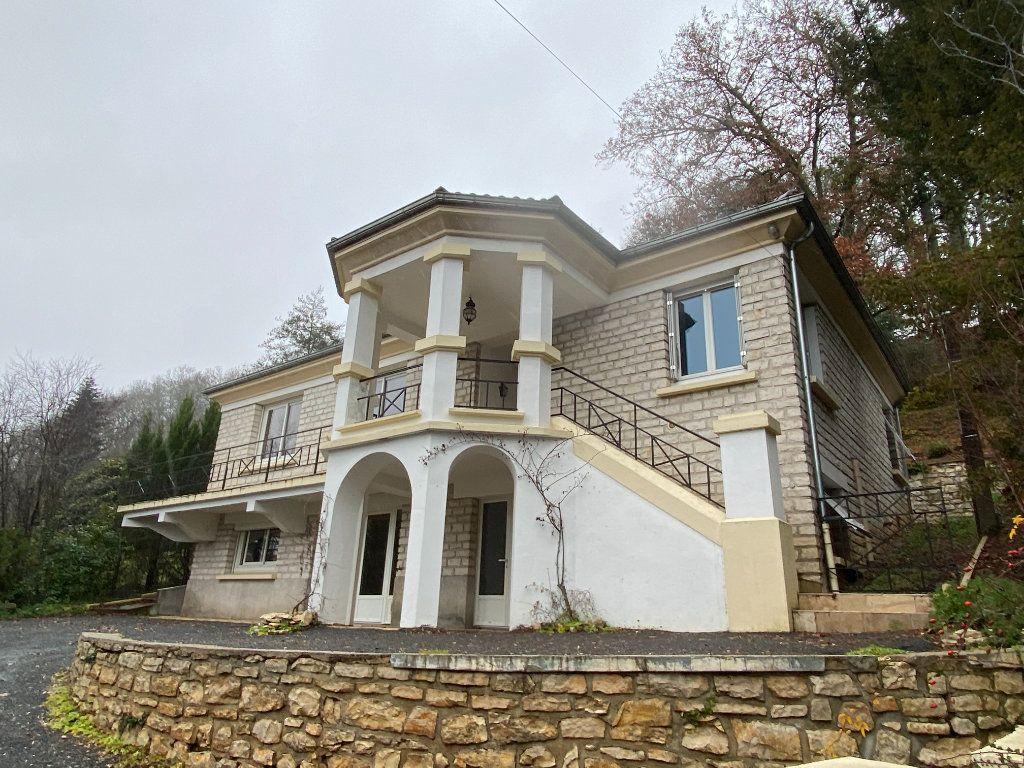 Maison à vendre 6 167m2 à Montignac vignette-1
