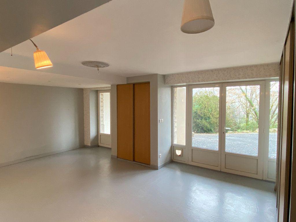 Maison à vendre 6 167m2 à Montignac vignette-9