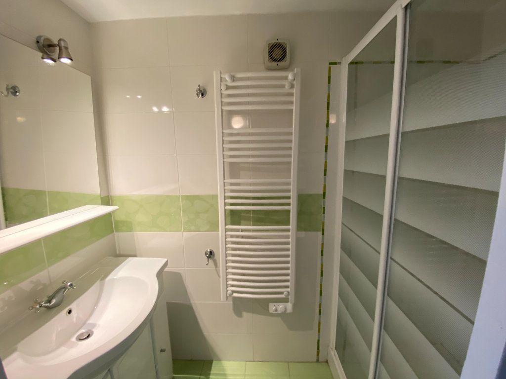 Maison à vendre 6 167m2 à Montignac vignette-14