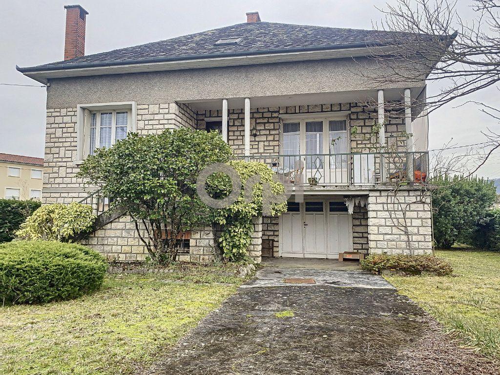 Maison à vendre 3 102m2 à Terrasson-Lavilledieu vignette-1