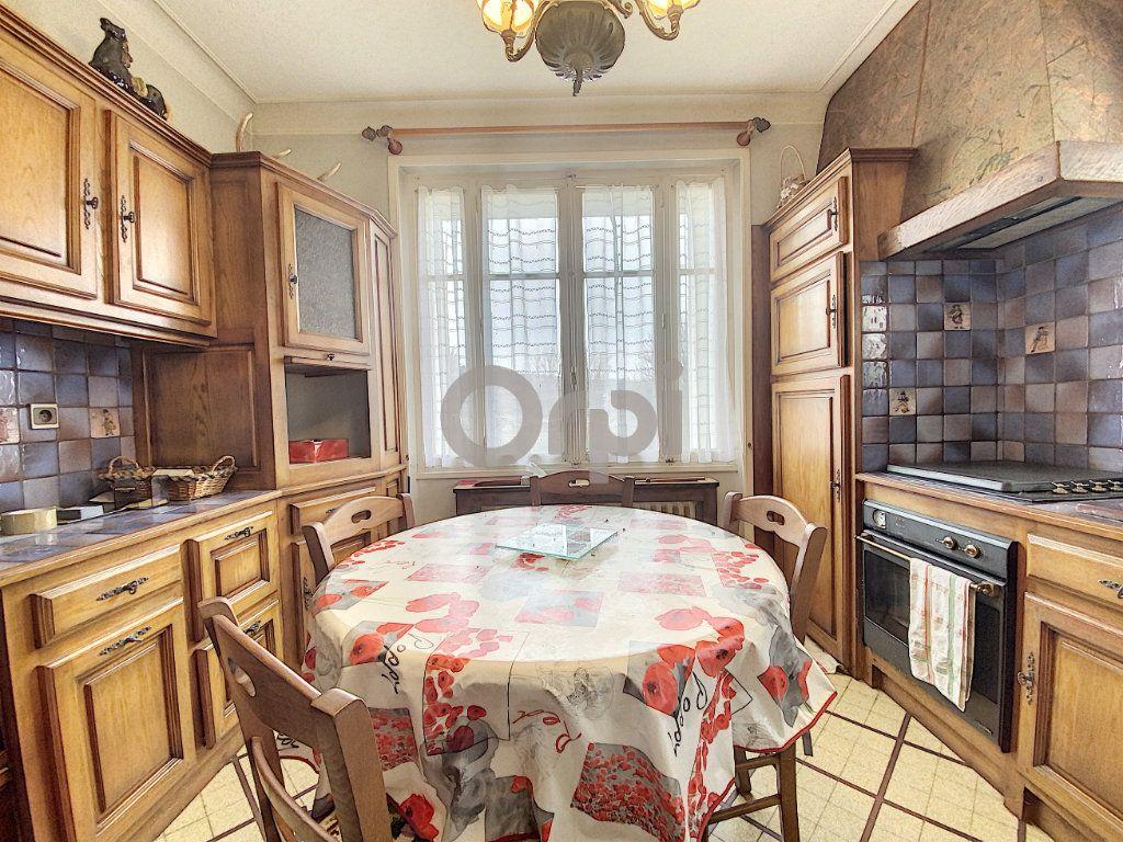 Maison à vendre 3 102m2 à Terrasson-Lavilledieu vignette-3