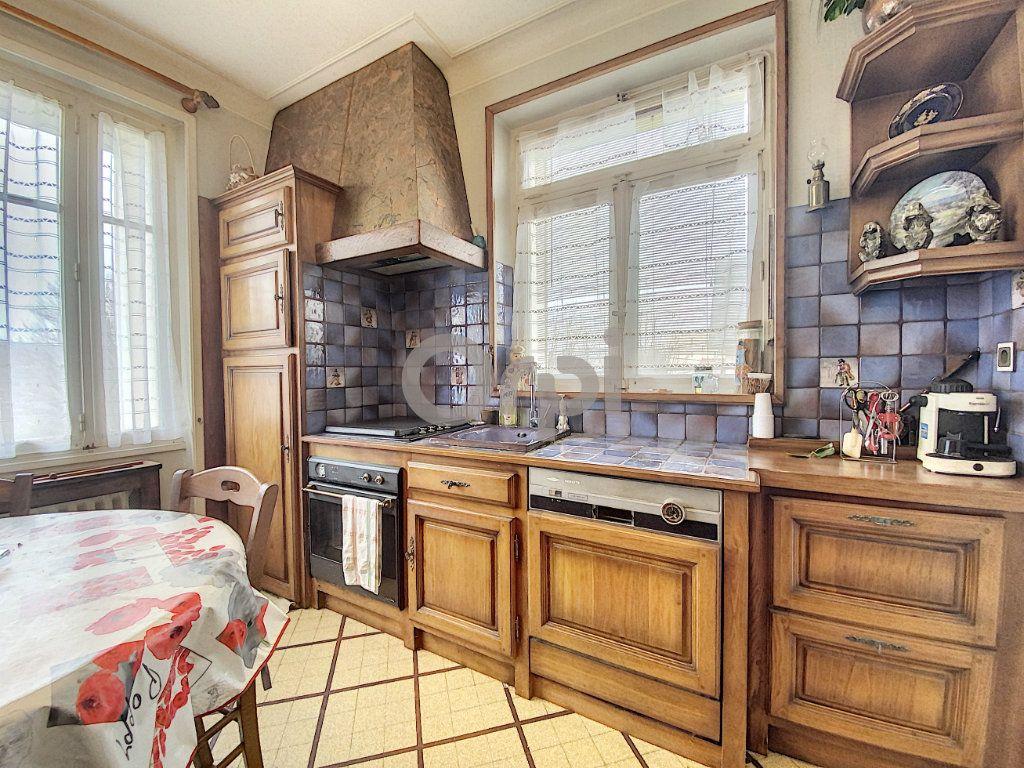 Maison à vendre 3 102m2 à Terrasson-Lavilledieu vignette-4