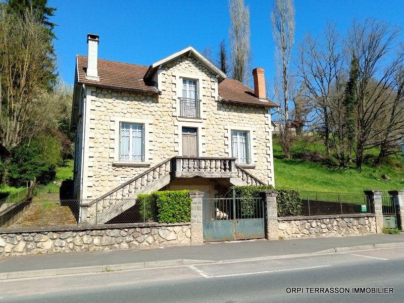 Maison à vendre 6 122m2 à Terrasson-Lavilledieu vignette-1