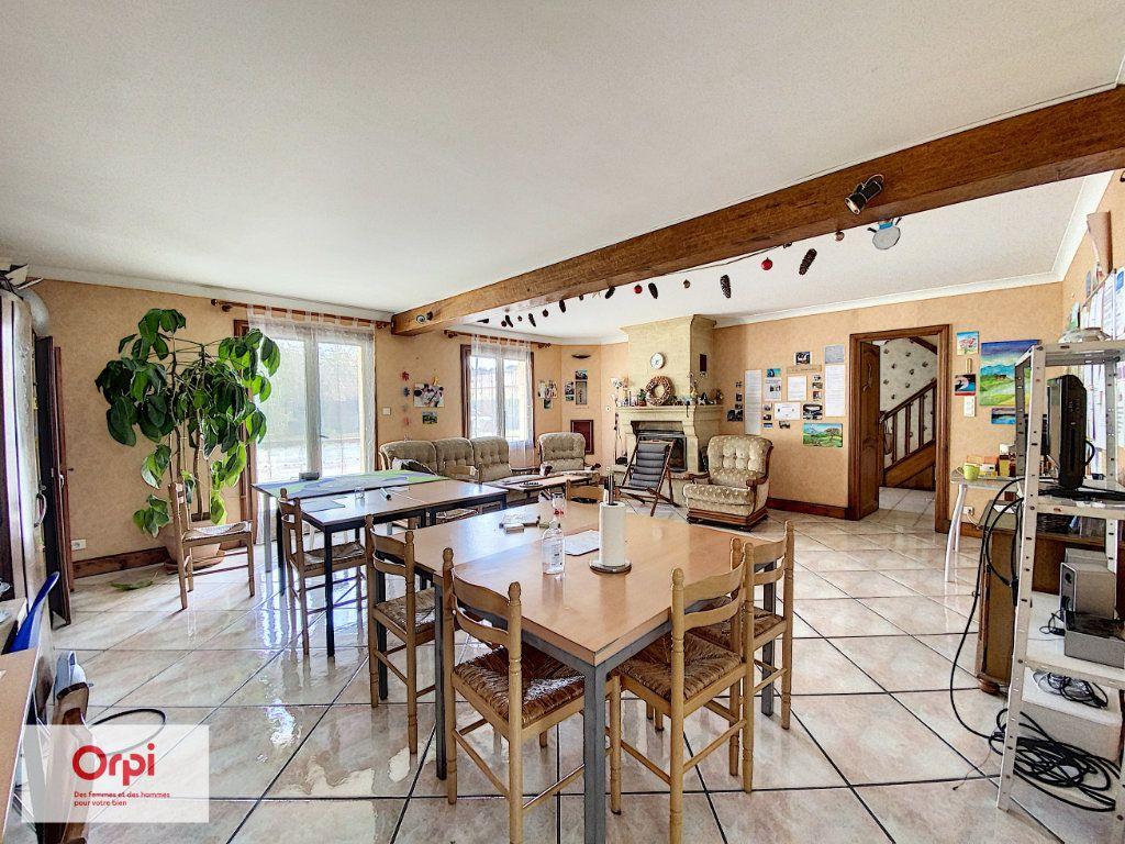 Maison à vendre 11 243m2 à Terrasson-Lavilledieu vignette-3