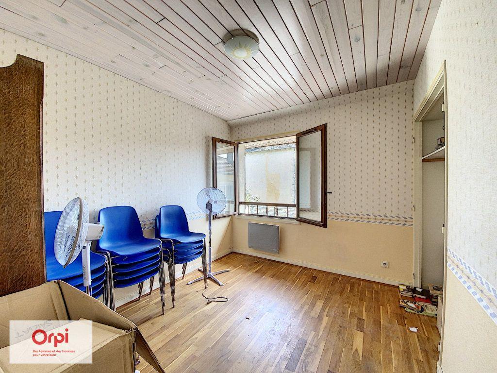Maison à vendre 11 243m2 à Terrasson-Lavilledieu vignette-7
