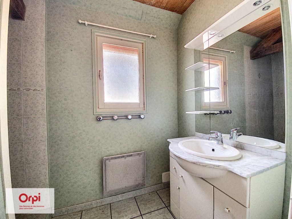 Maison à vendre 11 243m2 à Terrasson-Lavilledieu vignette-10